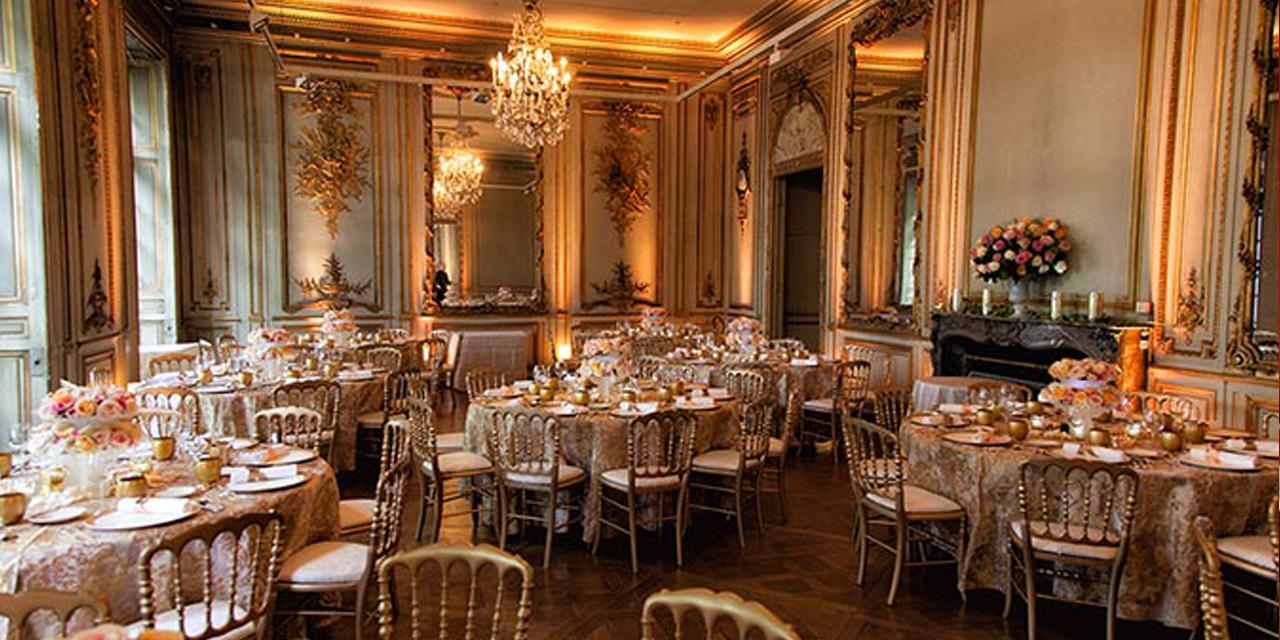 "<img src=""wedding venue Paris 18"" width=""100"" height=""90"" border=""0"" alt=""wedding venue Paris 18"">"