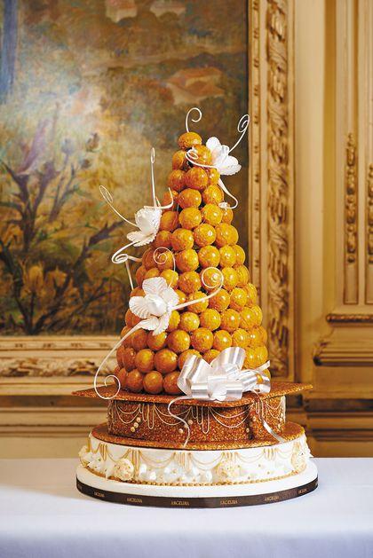 angelina-wedding cake-croquemnbouche