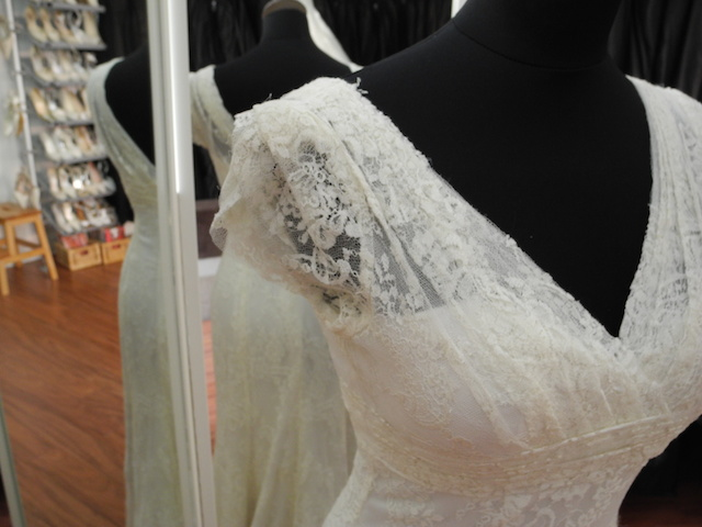 In Paris, A Few Shops Are Dedicated To Rent You The Wedding Dress You Need  Such As Graine De Coton Or DreamDress Location.