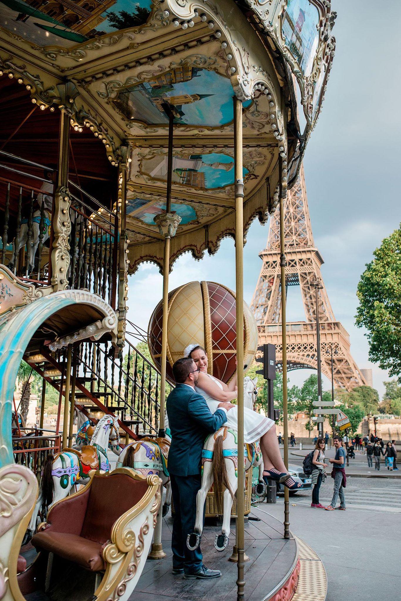 Alison & Teddy elopement in Paris 3